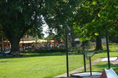 mini-golf-und-streichelzoo-im-koenigin-emma-park