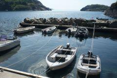 250m-vom-haus-liegt-das-motorboot-zum-angeln